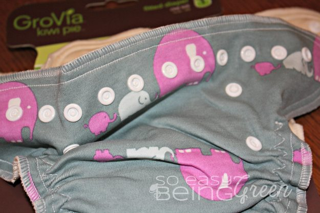 One size fitted cloth diapers