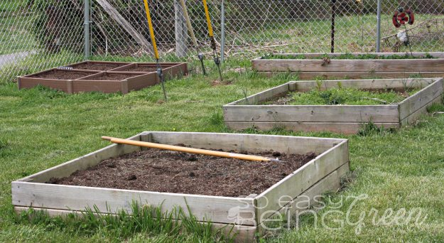boxes for container gardening in yard