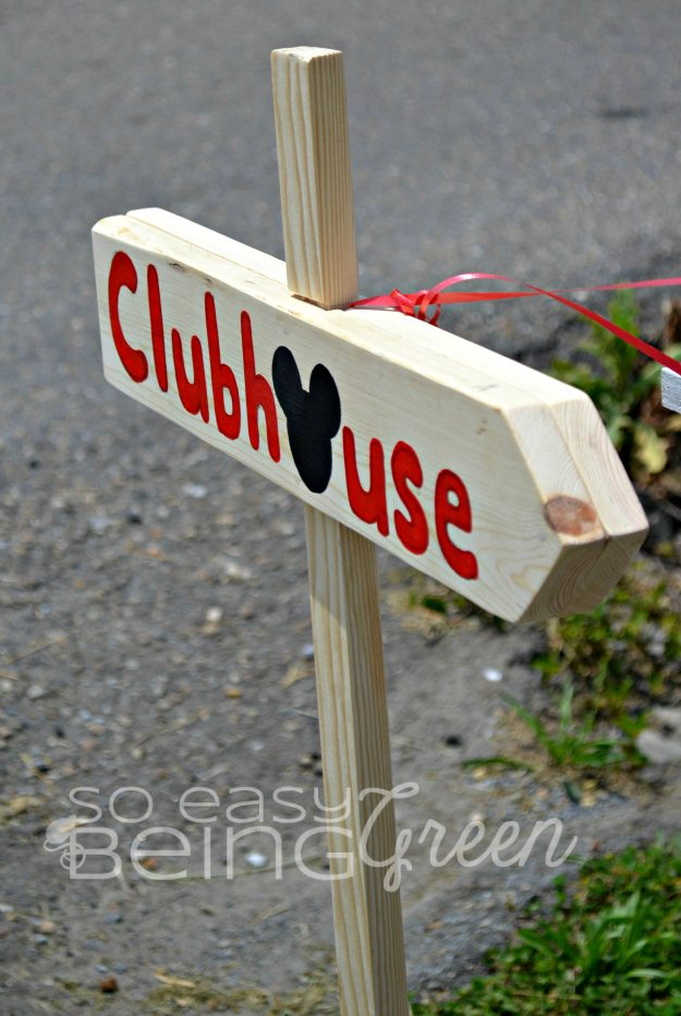 Mickey Mouse Clubhouse Sign DIY
