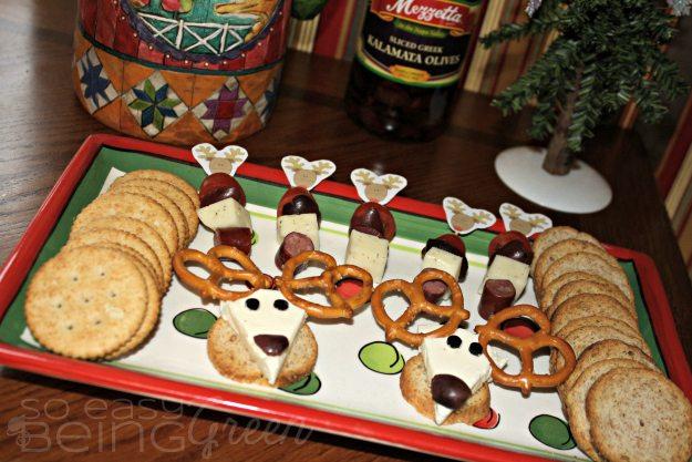 Olive Reindeer Appetizer Plate