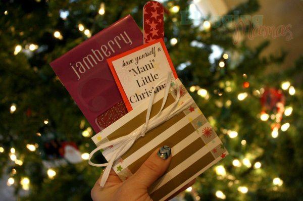Mani-Little-Christmas-Tree