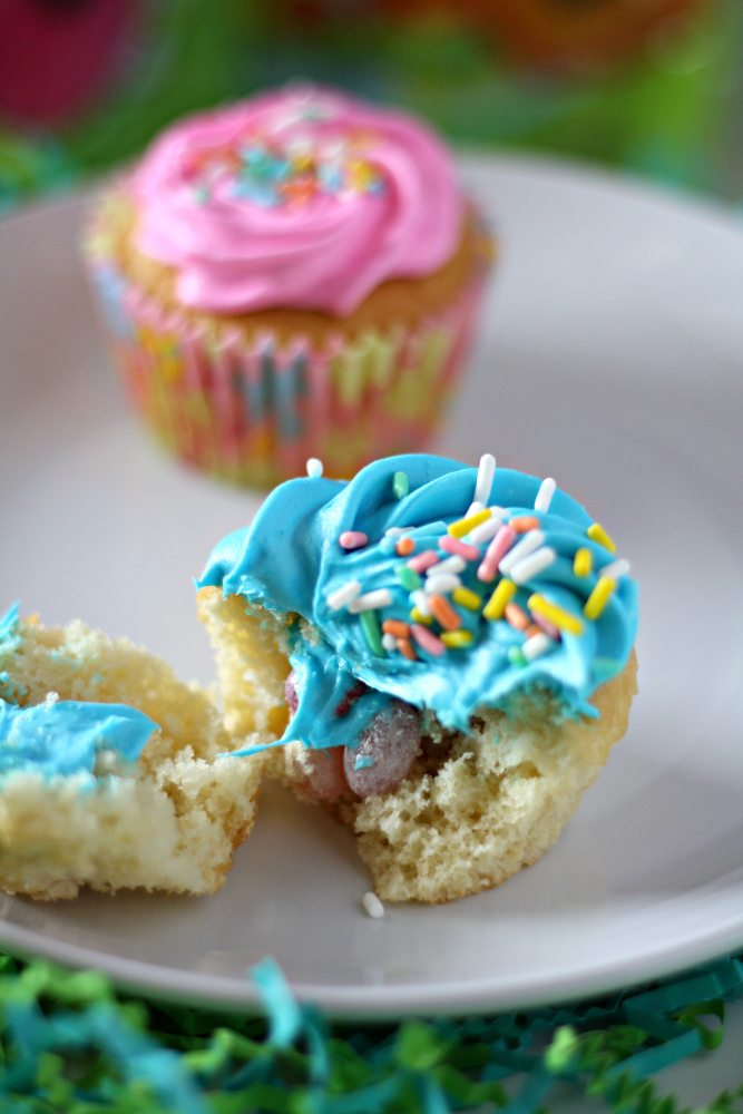Surprise Cupcakes Sour Beans