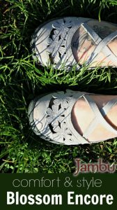 Comfort & Style with Jambu Sandals featuring Memory Foam Soles [+ Jambu Coupon Code!]