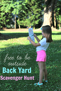 Free to Be Outside – Back Yard Scavenger Hunt [+ Free Printable!]