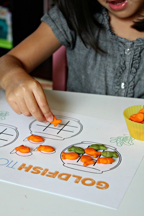 goldfish-crackers-tic-tac-toe-games
