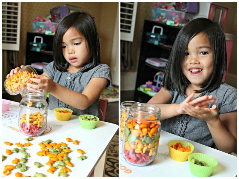 soring-goldfish-crackers-by-color
