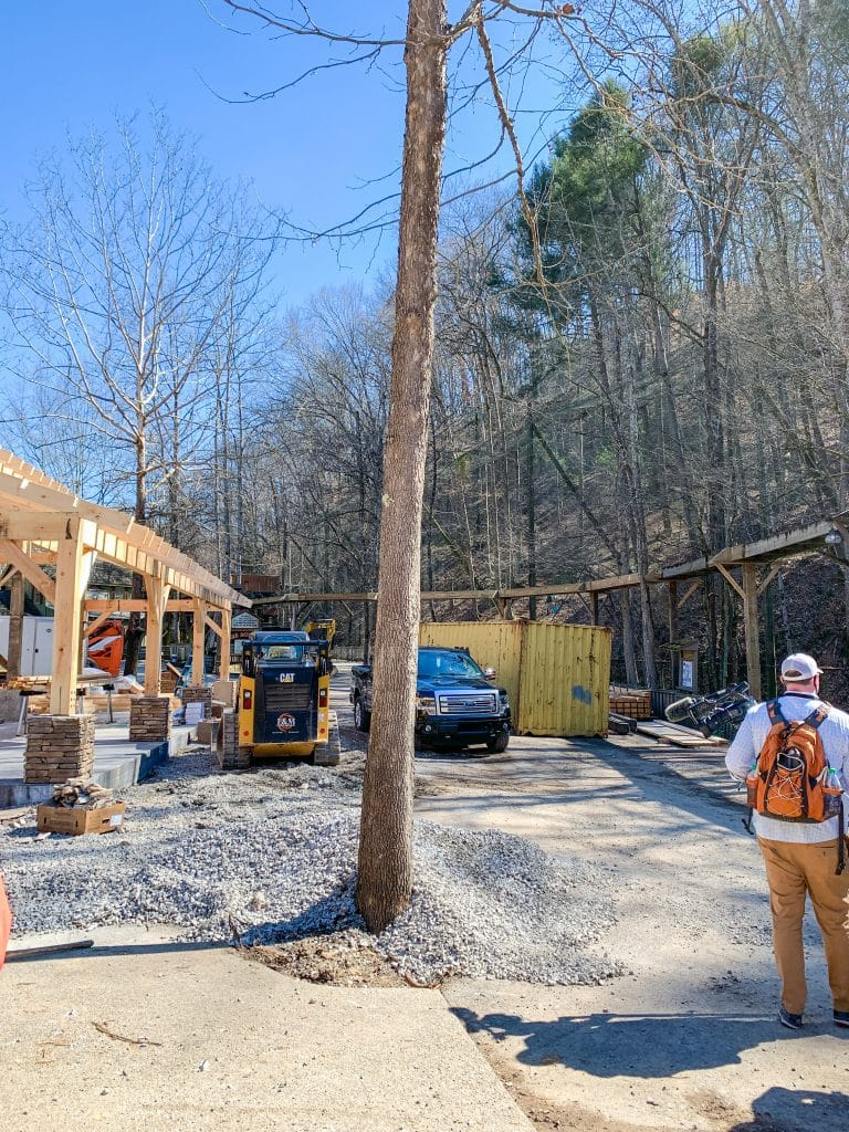 constructions around dollywood